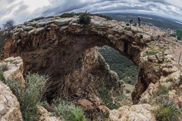 de Keshet grot