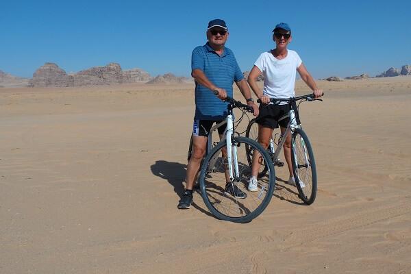 Fietstocht naar Wadi Rum